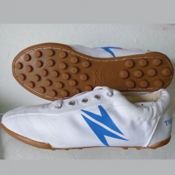 Giày vải thể thao trắng đế vàng