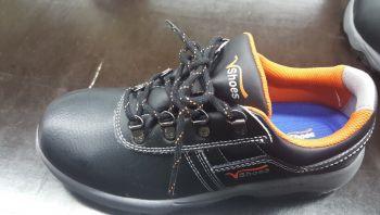Giày Vải Nam Có Buộc Dây Màu Đen - GVA0065