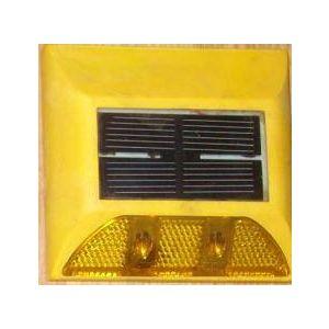 Đinh Nhựa Gắn Mặt Đường Ydm Dùng Năng Lượng Mặt Trời (1 Mặt) - AGT0068